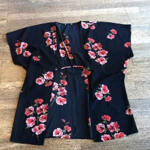 Black and floral lightweight kimono